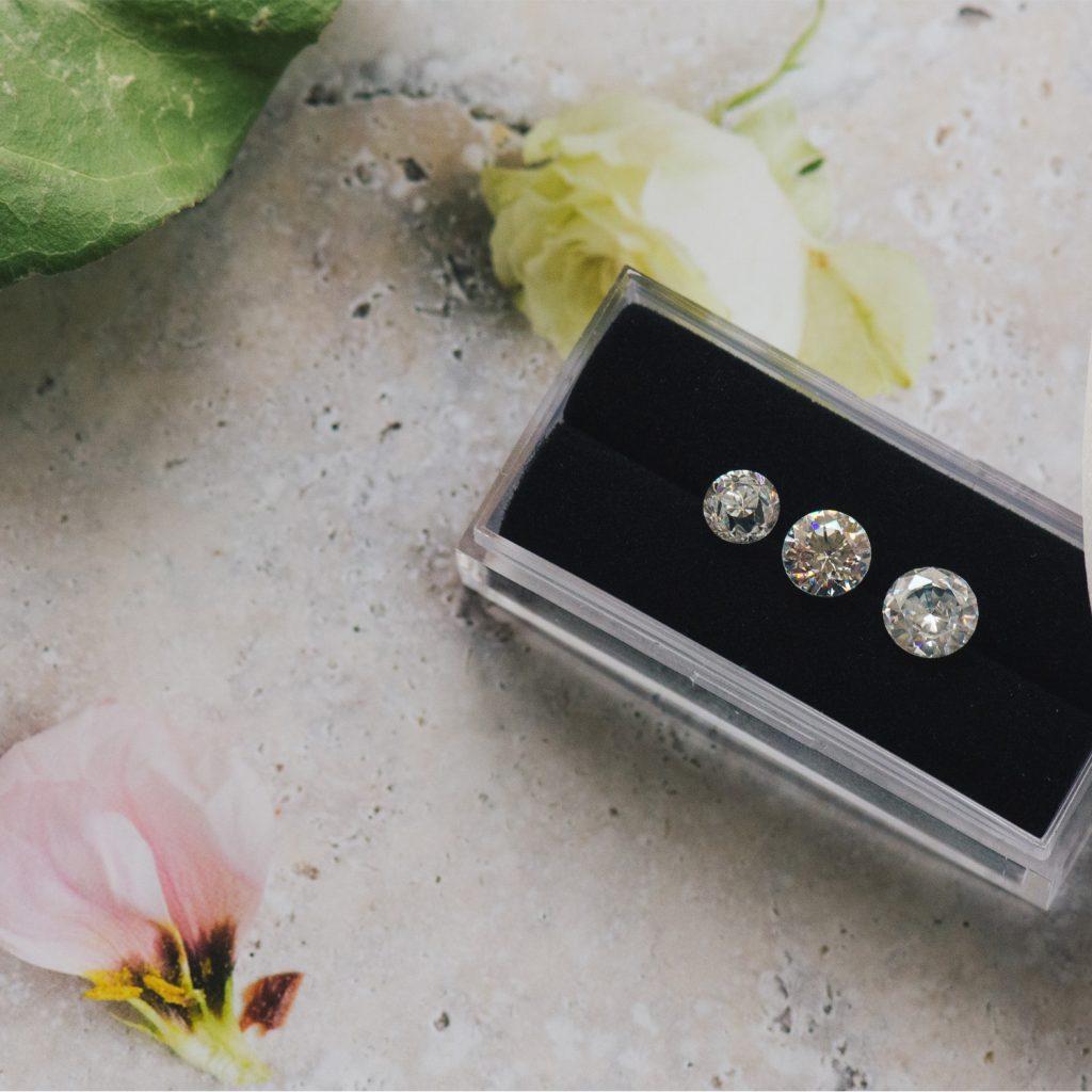 One carat diamonds different size comparison