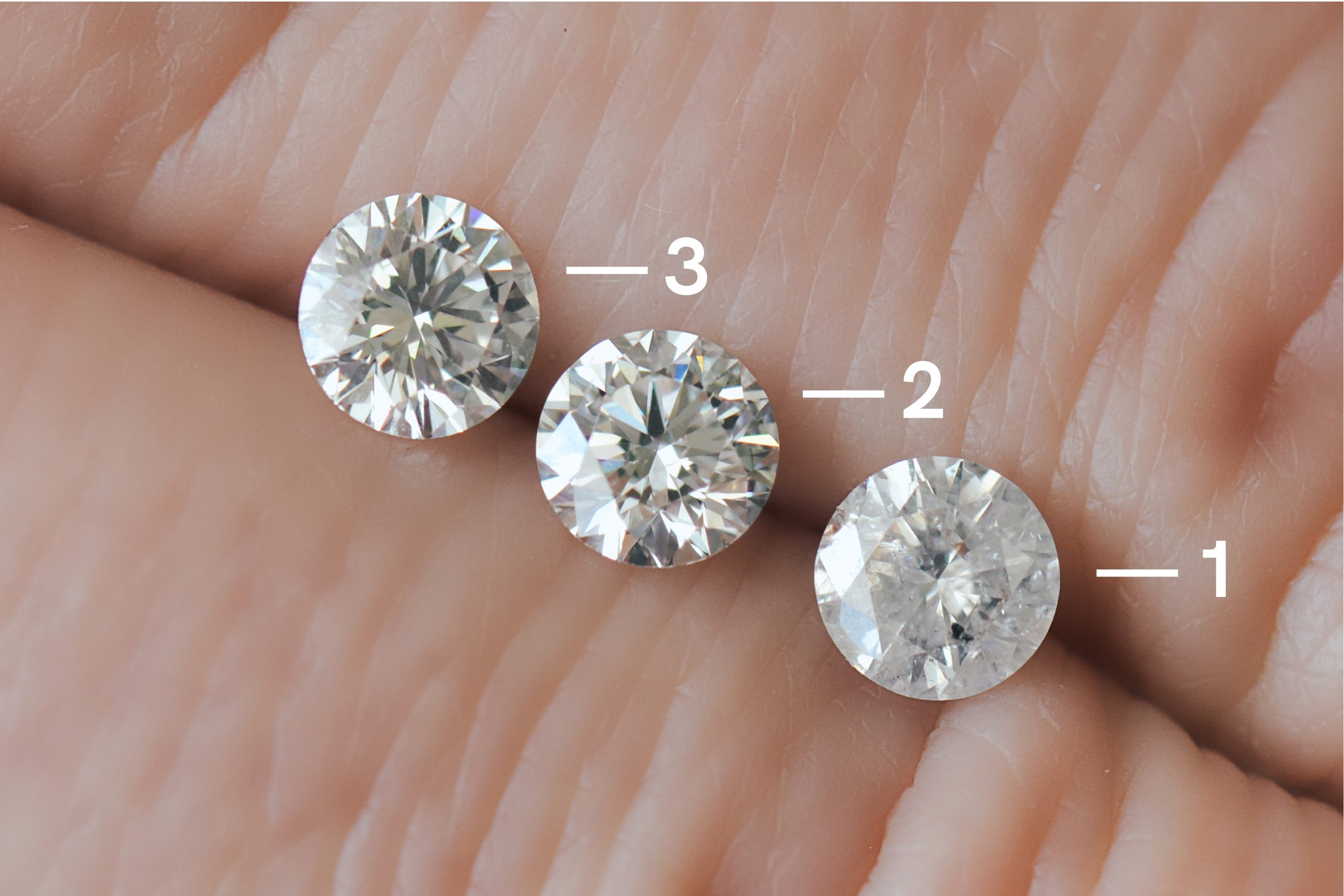 3 round diamonds clarity comparison