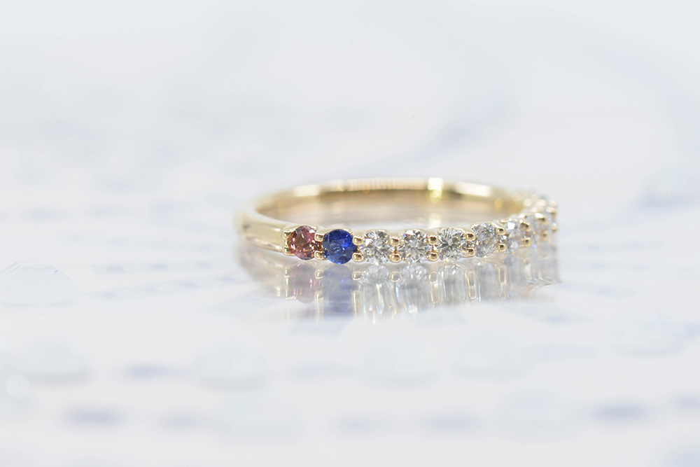 yellow gold family rings, gemstone sapphire, ruby